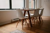 Tanie krzesła do każdego domu